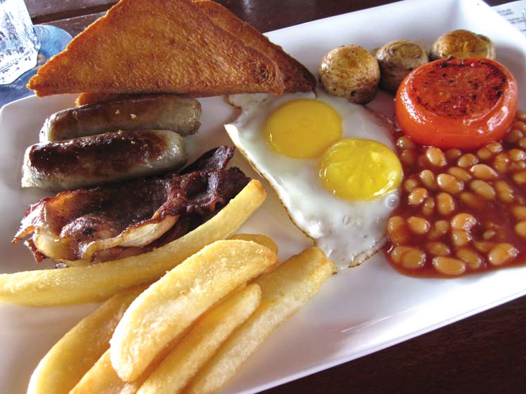 Diners across generations head to Koshy's for their morning fix of ...